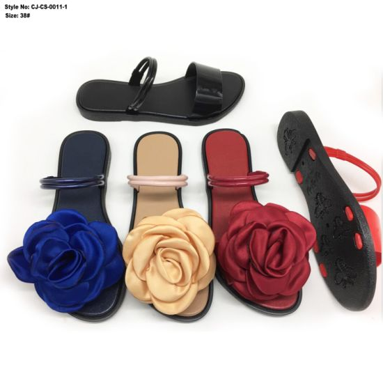 fefe5707446 China Fashion Lady Flip Flop New Designs Flat Girl Sandals - China ...