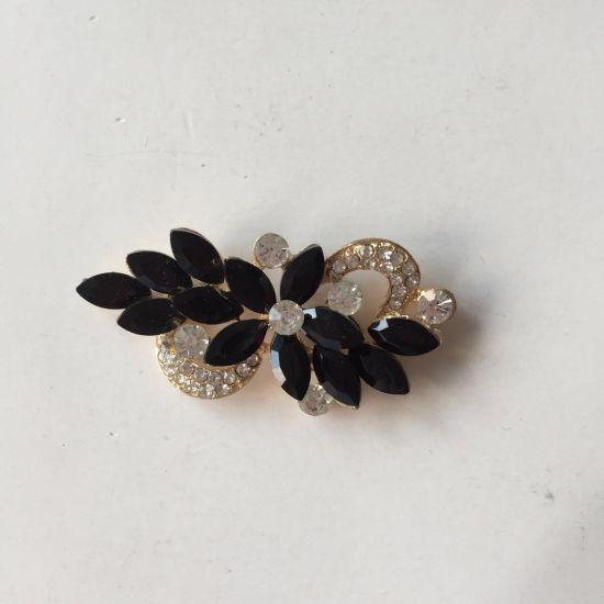 Fashion Brooch with Pearl Crystals Glass for Garment Accessories Decoration
