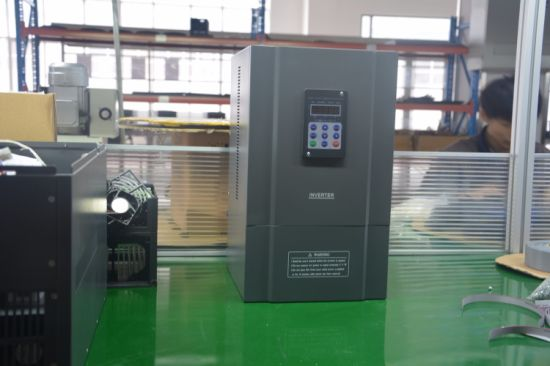 Single Phase 220V Sensorless Vector Control Frequency Inverter, AC Motor Drive, VFD with Built-in Brake pictures & photos