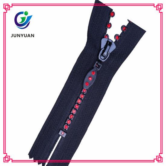 Special Design Cheap Price Stand up Plastic Diamond Zipper
