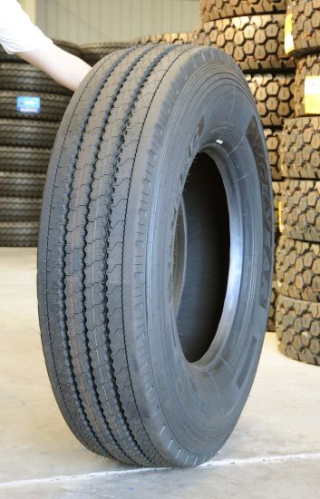 High Quality TBR Tyre With 295/80R22.5