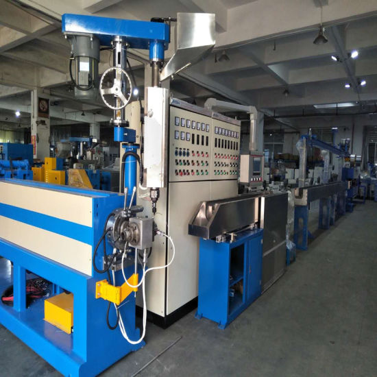 High Speed PVC/PE/PP Extruder Insulated Wire Sheathing Extrusion Machine