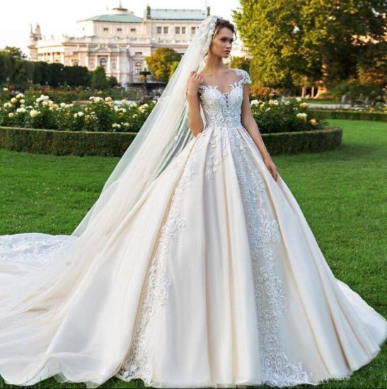 China Lace Cap Sleeves Wedding Dress Champagne Ivory Bride Ball