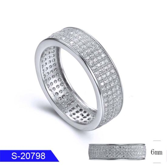 Wholesale New Fashion 925 Sterling Silver Jewelry Pave Diamond Ring for Women pictures & photos