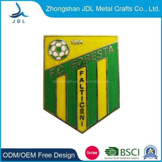Chinese Supply Metal Soft Enamel Football Badges Lapel Pin for Football Fan Use (213)