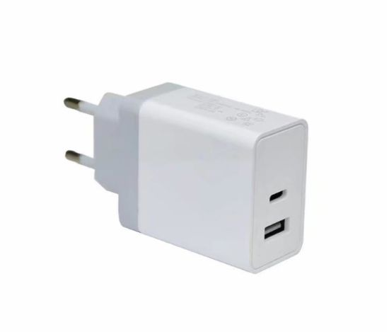30W Pd Quick Charge Charger, Pd+USB Fast Charger pictures & photos