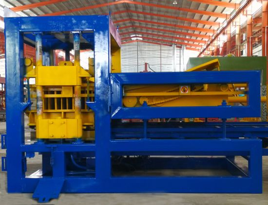 Qty 12-15 Color Paver Block Machine pictures & photos