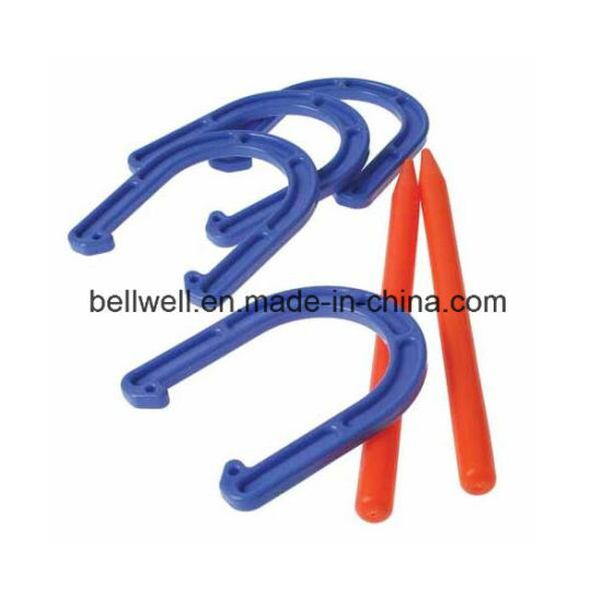 Hot Deluxe Plastic Horseshoes Toss Game Toys