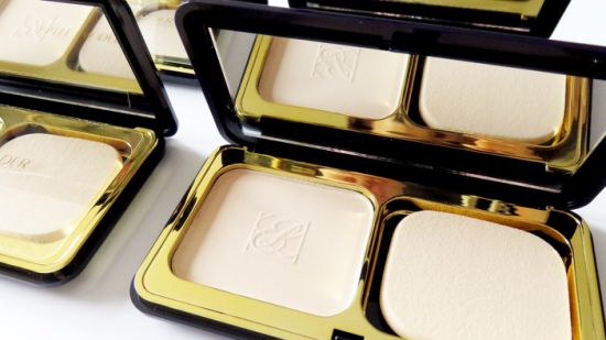 Face Powder, Pressed Powder, Two Way Cake Powder pictures & photos
