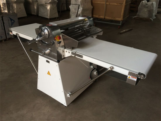 Bakery Equipment Dough Sheeter Machine Mini Dough Sheeter pictures & photos