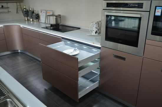Polyurethane Kitchen Cabinets
