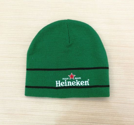 c254cb430ca China Custom Embroidery Logo Beanie Winter Knitted Toque Hats ...