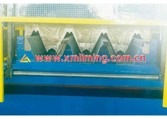 Liming Yx153-280-840 Roll Forming Machine for Decking Profile