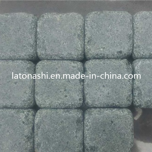 China Natural Tumbled Granite Cobblestone Pavers for Patio, Driveway, Garden pictures & photos