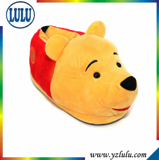 Winnie Pooh Bear Kid Child Shoes Indoor Soft Warm Shoes pictures & photos
