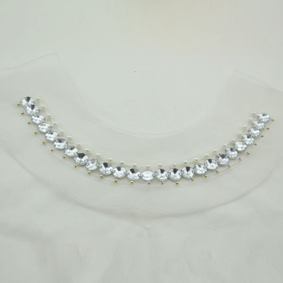 Wholesale Beaded Pearl and Acrylic Neckline for Women Garment