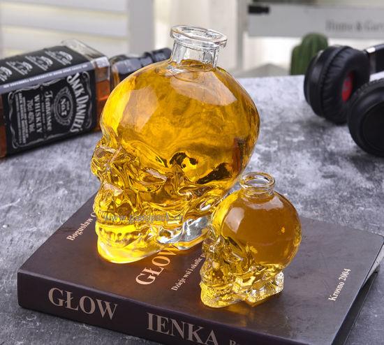 750ml Special Shape Skull Shape Glass Spirit Bottle Beverage Bottle
