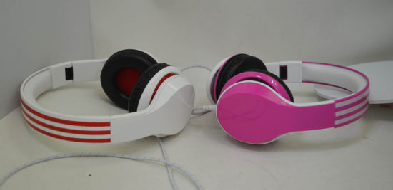 Colorful Headphone with Microphone Fashion Style pictures & photos