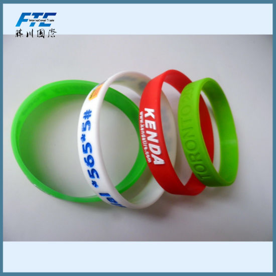 Various Color Wristband Custom Wristband pictures & photos