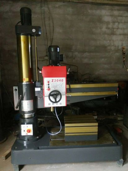 Bench Type Worktable Z3040/13 Cheap Radial Drilling Machine Radial Drilling Press Machine Price