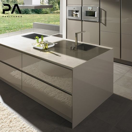 China Manufacture Modern Kitchen Cabinet Custom Free Standing