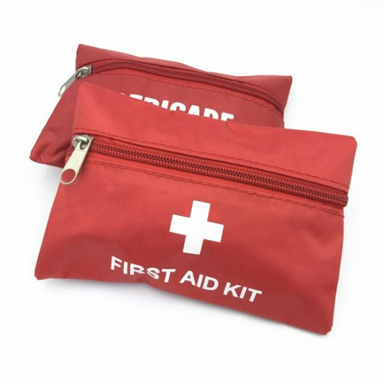 Portable Medical Travel First Aid Kit Bag for Car pictures & photos