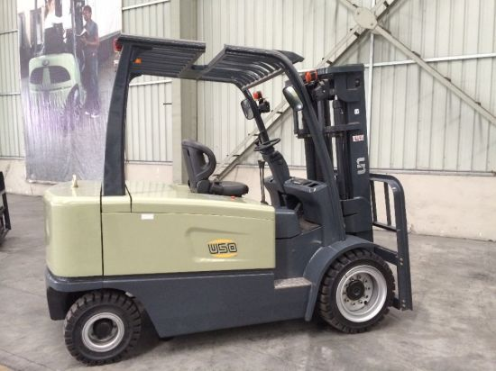 Big Capacity Electric Forklift Truck 5000 Kgs pictures & photos
