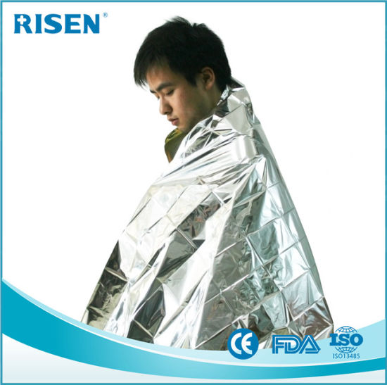 First-Aid Aluminum Foil Emergency Survival Space Blanket pictures & photos