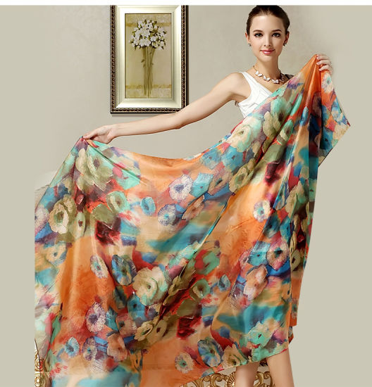 Silk Scarf Lady Wear Fashion Scarf Gift pictures & photos