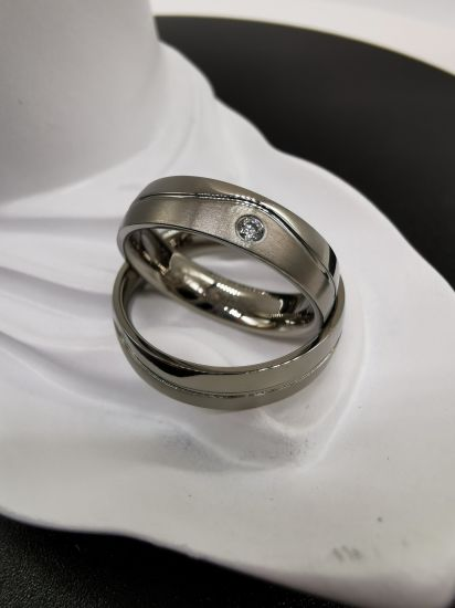High Quality Wave Groove Titanium Jewelry Wedding Ring