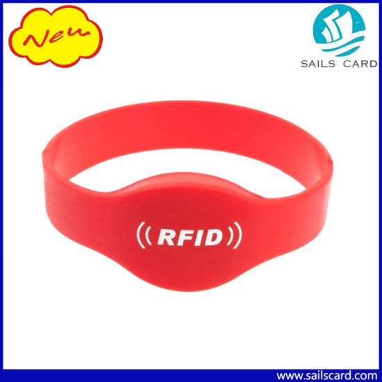 OEM Waterproof Lf/Hf/UHF RFID Wrist Bands for Events pictures & photos
