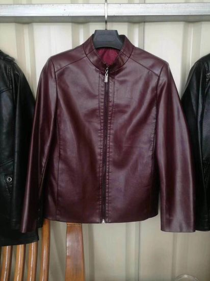 Good Quality and Price Men′s Fashion Leather Jacket Coat Factory in China pictures & photos