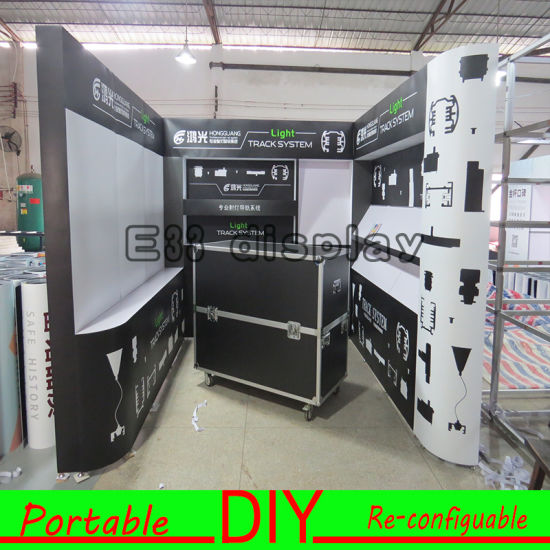 Customized Build and Install Portable Modular Exhibition Stand with PVC Shelves Display pictures & photos
