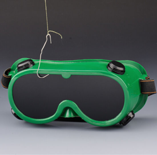 PVC Chemical Safety Goggles with Elastic Head Band pictures & photos