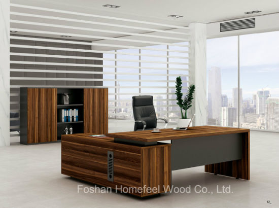 Modern Luxury Office Table Elegant Boss Desk/Executive Desk (HF-LWP8010) pictures & photos