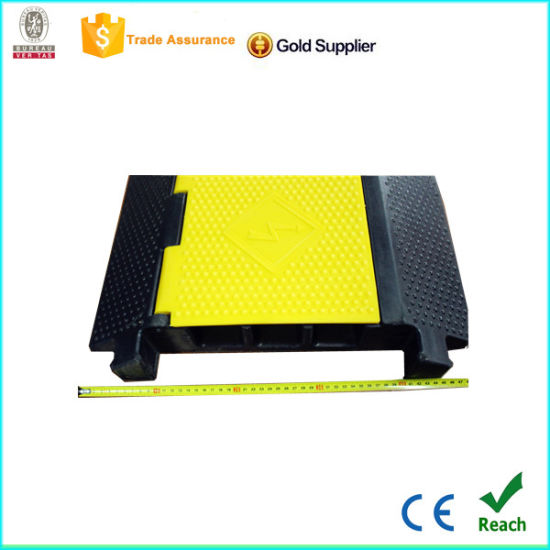 Installation Firmly 3 Channel Rubber Cable Protector with CE pictures & photos