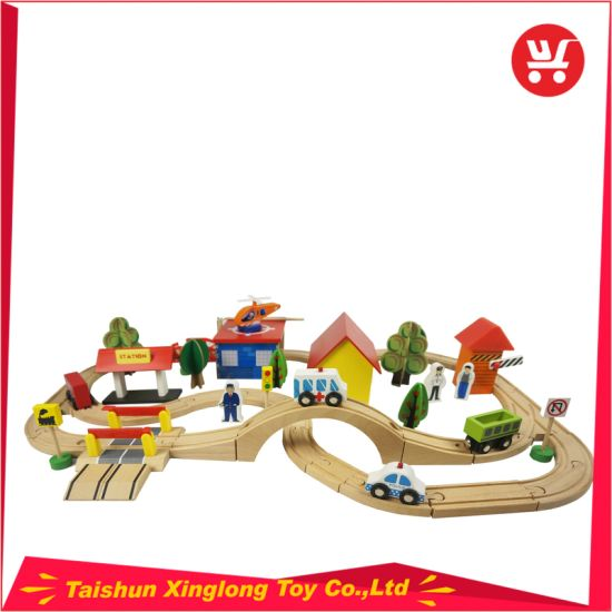 Indoor Traffic Toys Children′s Railway Car Building Blocks Wooden Car Track pictures & photos