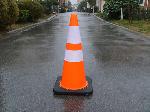 Reflective Orange PVC Cones (CC-PV70) pictures & photos