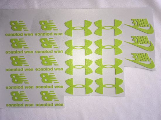 Thick Heat Transfer Sticker for T-Shirt Customized Service pictures & photos