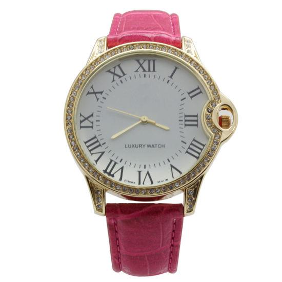 Fashion Watches Quartz Wristwatch for Ladies with Stones Case
