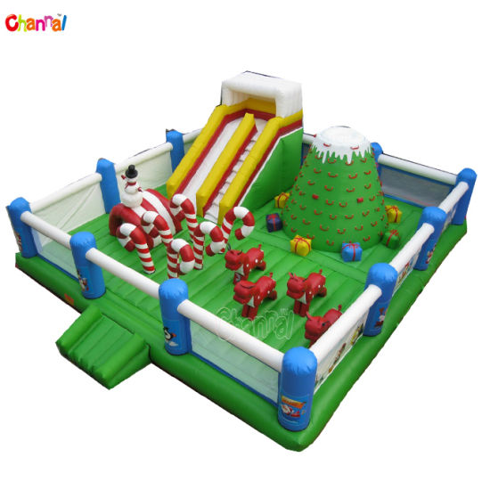 Christmas Inflatable Funcity with Climbing Giant Inflatable Playground Park pictures & photos