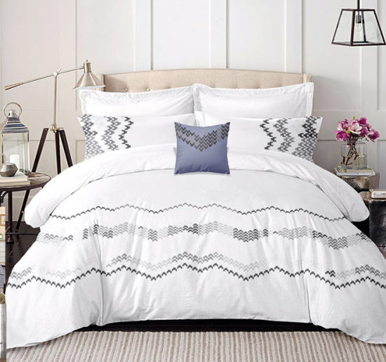 Home Textile Embroidery Cotton Comforter Bed Sheet Bedding Set with Cushion