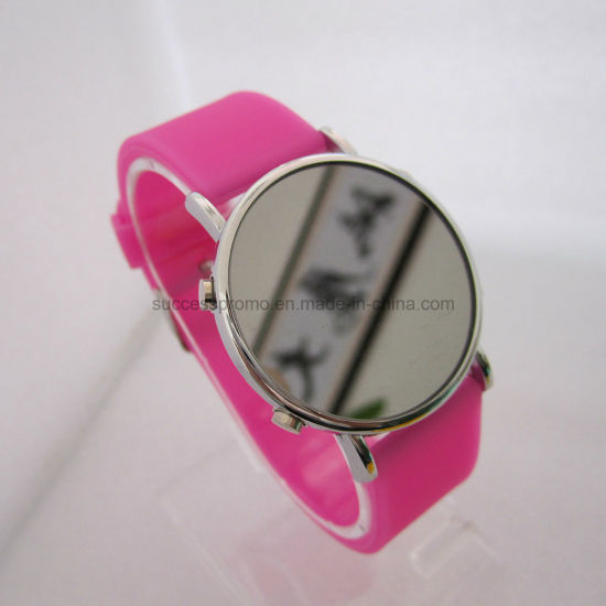 Promotional Fashion Waterproof LED Mirror Silicone Digital Watch pictures & photos