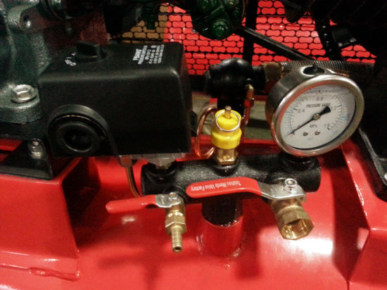 10HP High Pressure Diesel Air Compressor (W-0.97/12.5) pictures & photos