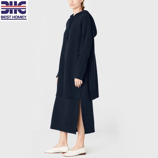 7gg Women′s Hooded Wool Cashmere Jumper Long Sleeves Dropped Shoulders Knitted Long Sweater Slits at Sides Oversized Hoodies pictures & photos