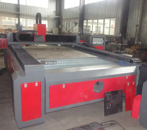 Hot Product Fiber Laser Cutting Machine (XZ1530) with 500W pictures & photos