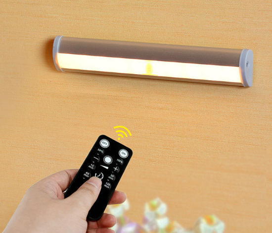 China LED Lighting Factory Wholesale Wireless Cabinet Light with Remote Control pictures & photos