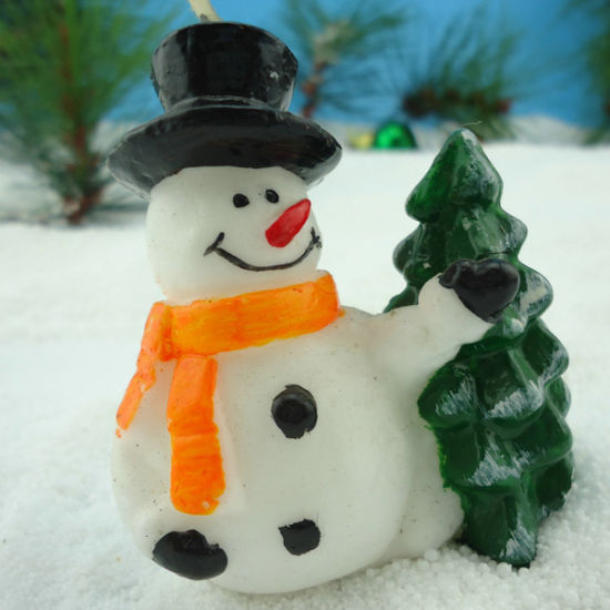 OEM New Arrival Snowman Candle pictures & photos