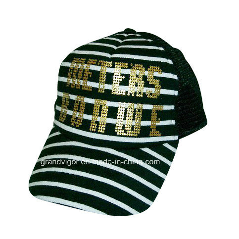 Fashion Ladies′ Mesh Cap with Golden Printing Logo pictures & photos