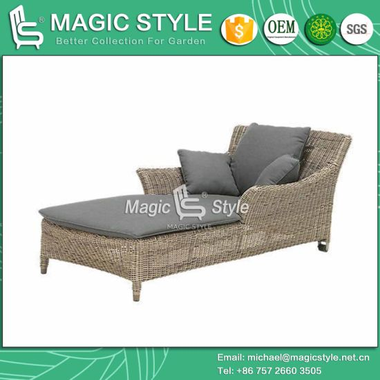 China Royal Daybed with Wheel Rattan Sunlounger Wicker Sun Bed Patio ...